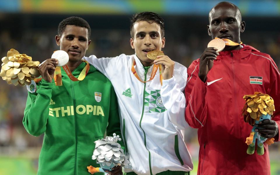 Параолимпийци отвяха олимпийския шампион на 1500 м