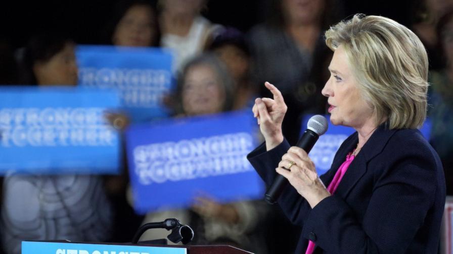 """Американска телевизия """"уби"""" Хилари Клинтън"""