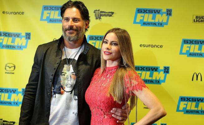 София Вергара и съпругът ѝ Джо Манганиело