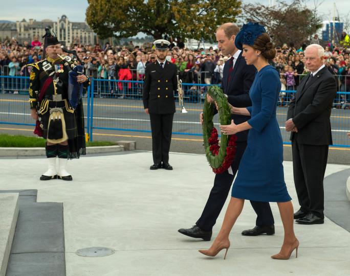 Кралското семейство в Канада
