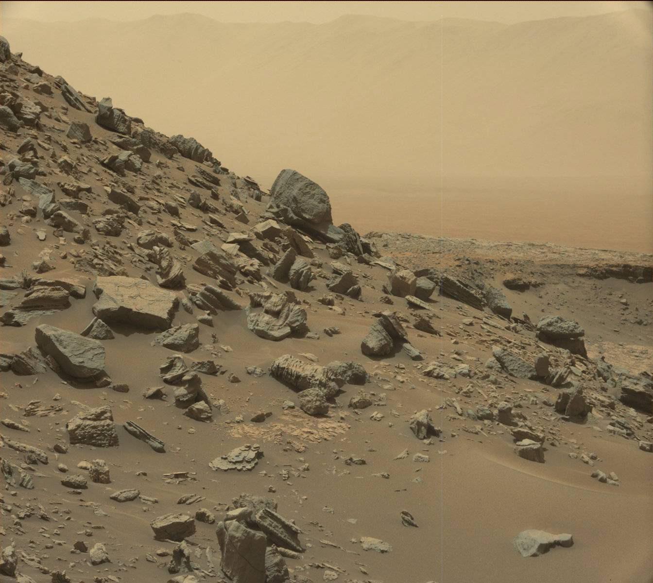 Илон Мъск иска първата мисия с хора до Марс да бъде още през 2022 г. Това е с три години по-рано от първоначалните му планове