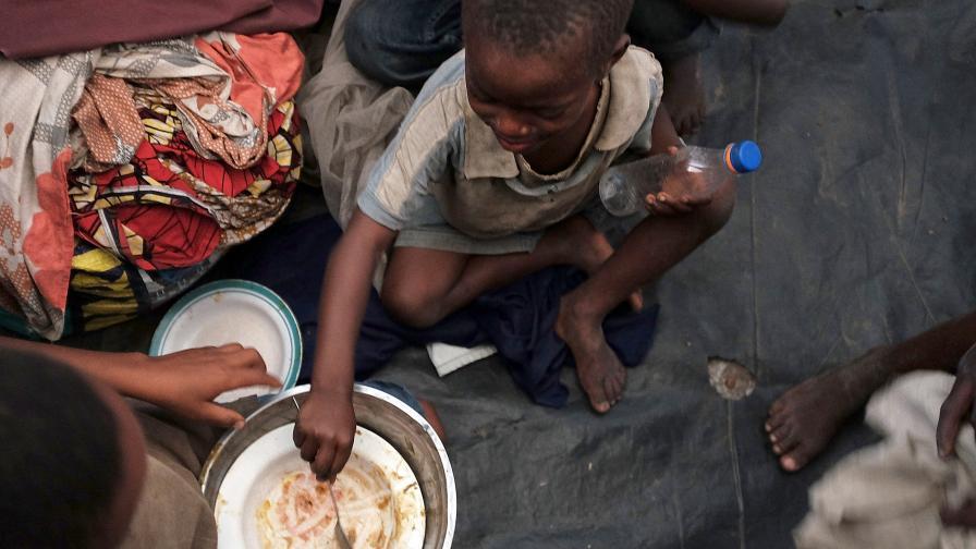 385 млн. деца живеят в крайна мизерия и бедност