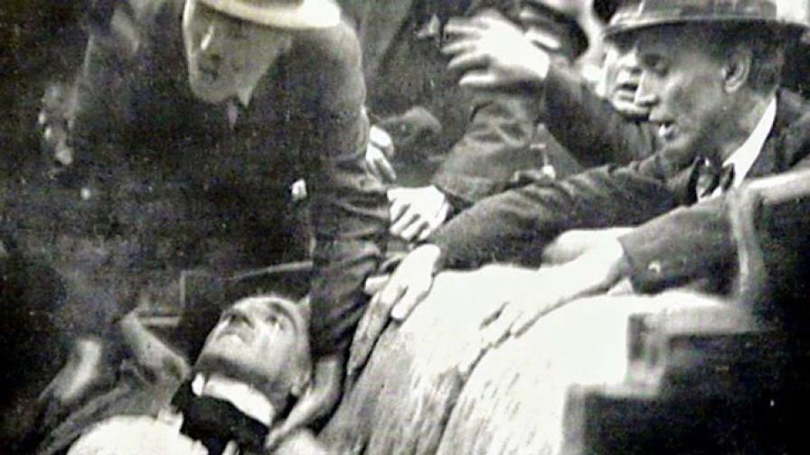 Убийството на един крал, който бе заснет докато умира