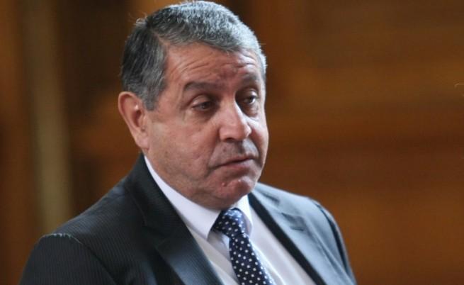 Бат Сали: Искаме оставката на кмета на Войводиново