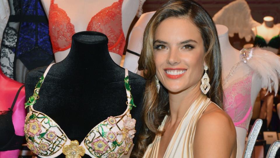 """Сутиенът """"Fantasy bra"""" и Алесандра Амброзио"""