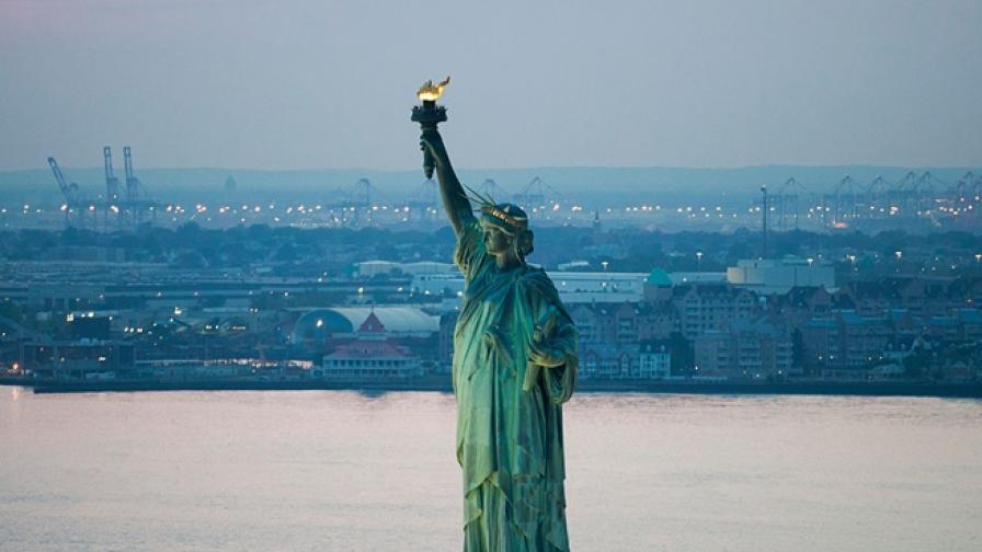 Няколко интересни факта за Статуята на Свободата, открита точно преди 120 г.