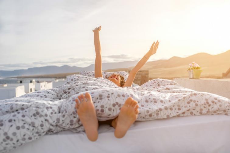 сън спане легло бебе жена мъж