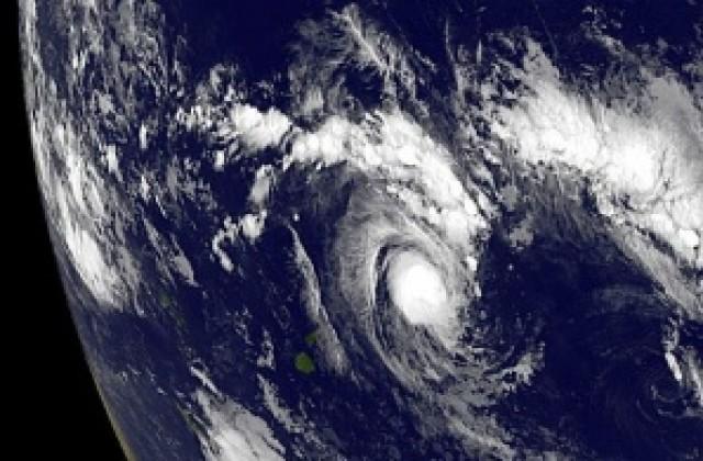 """Резултат с изображение за """"Тропически циклон"""""""