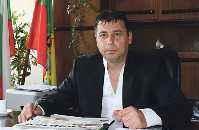 Резултат с изображение за станислав николов кмет на трън