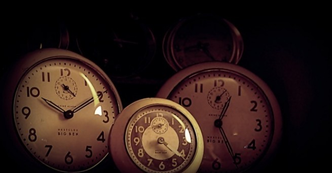През последната неделя на октомври връщаме стрелката на часовника с