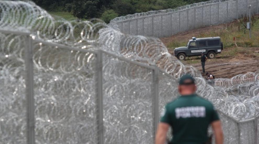 Обилни дъждове събориха част от оградата по границата ни с Турция