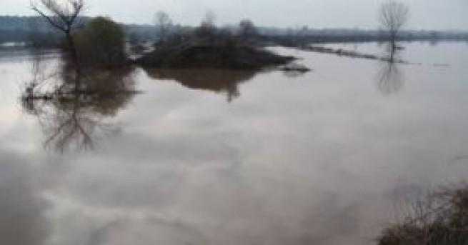 Частично бедствено положение в района на град Ветрен, съобщаваЗаради пороите