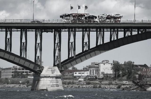 Резултат с изображение за Мостът на мира над река Ниагара