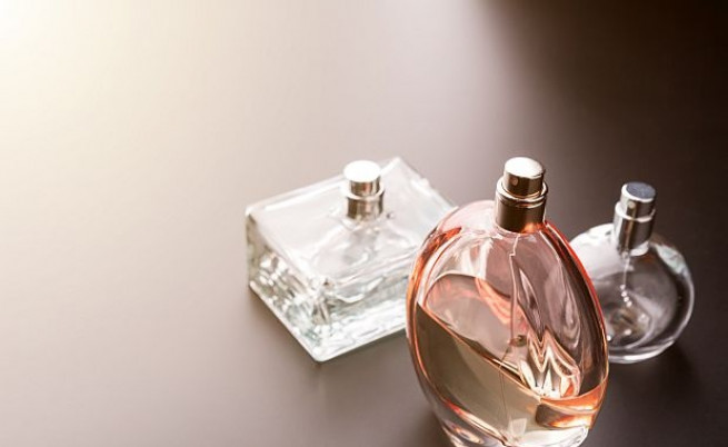 Не съхранявайте опаковки с парфюм и афтършейв в банята