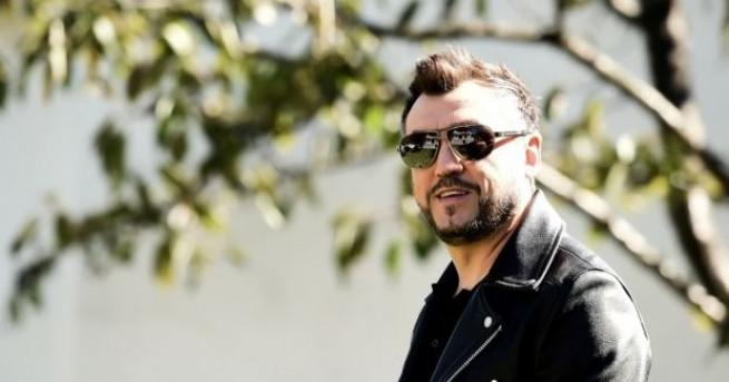 Един от еблематичните изпълнители на българската поп сцена – Любо