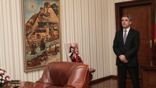 Плевнелиев пита КС какво да прави след оставката