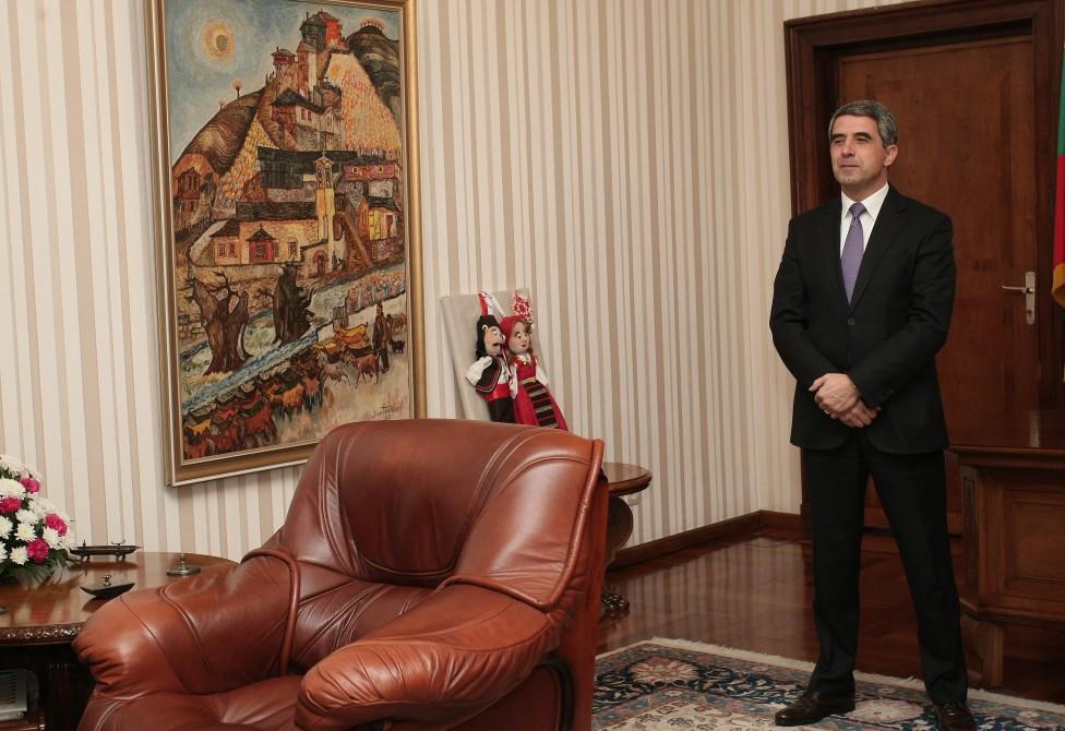 """- Настоящият президент на България Росен Плевнелиев и новоизбраният държавен глава Румен Радев се срещнаха на """"Дондуков"""" 2"""