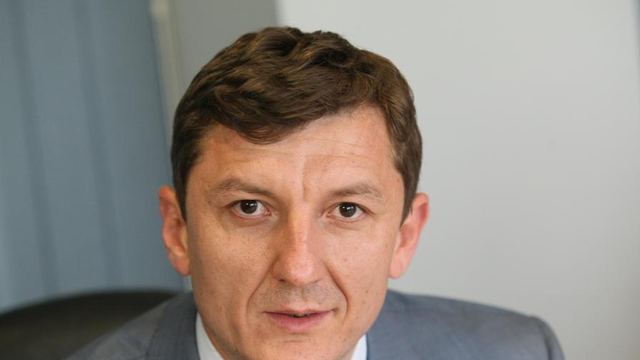 Нови ходове: Зам.-министър стана председател на партия