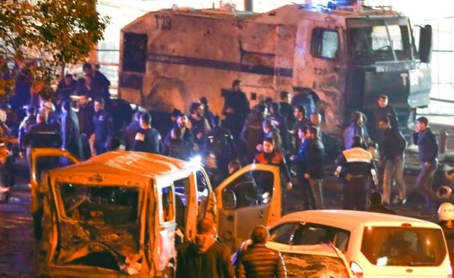Експлозии в Истанбул, има загинали и десетки ранени