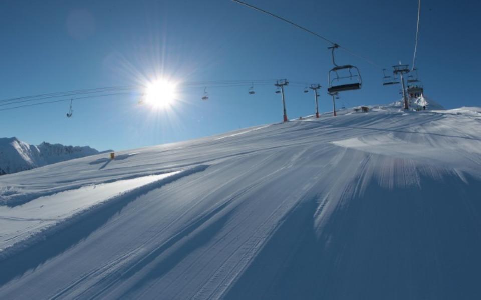 Ски сезонът в Банско се открива на 17 декември, кола чака късметлия
