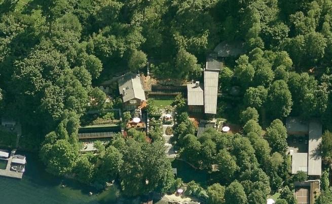 Снимка на имението на Бил Гейтс направена от Bing Maps на Microsoft