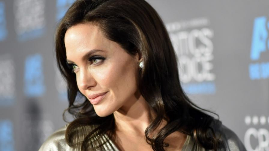 Анджелина Джоли си намерила новa любов