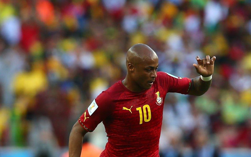 Ганайският национал Андре Аю има опит във Висшата лига. Нападателят