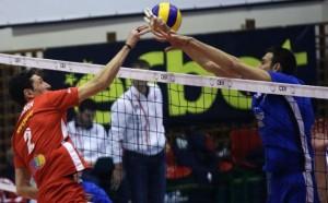Волейболните вечни съперници се засякоха на път за европейските си мачове