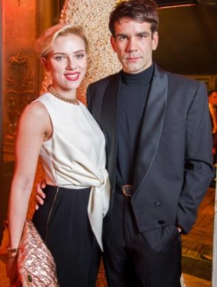 Скарлет Йохансон и Ромен Дориак в Париж
