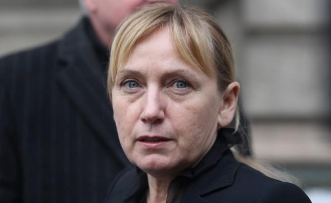 Йончева осъди Борисов да й плати 5 хил. лева