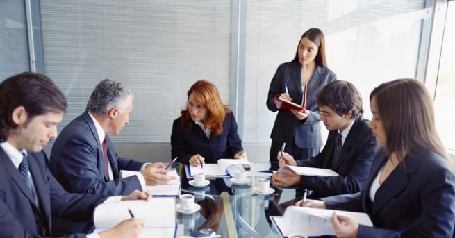 Безработни кандидатстват за работа с чужда самоличност с цел да