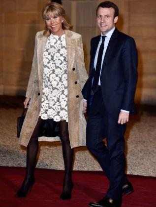 Еманюел Макрон със съпругата си Бриджит