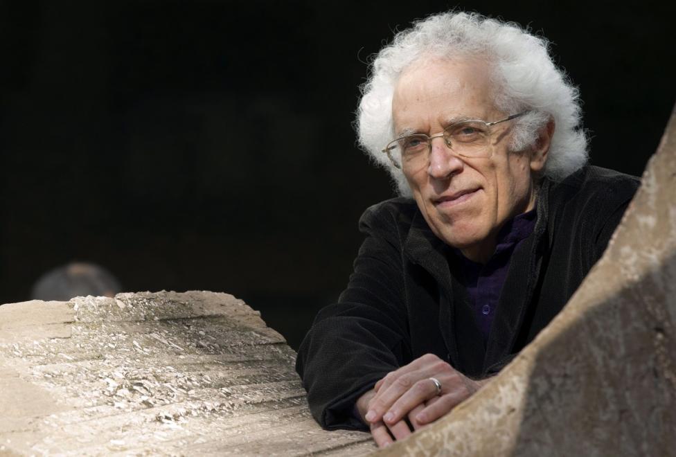 - Цветан Тодоров (1939-2017) - известеният историк, философ, лингвист, историк на философската мисъл и културолог почина в началото на февруари. Той бе...