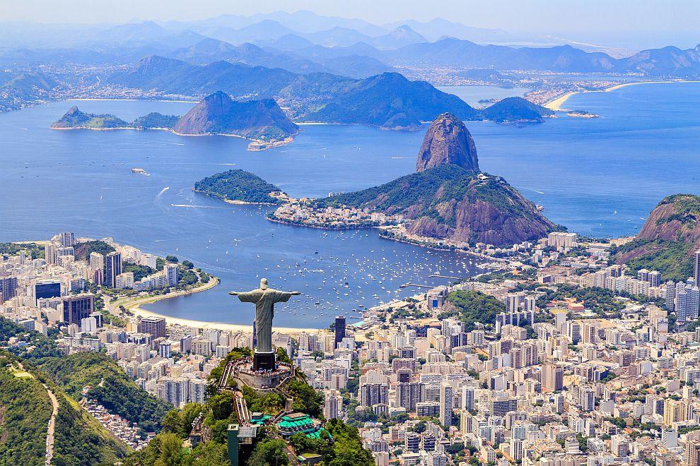 Първото място в класацията на най-сексуалните градове заема бразилският Рио де Жанейро. Тук живеят най-красивите хора на планетата, които често се подвизават по улиците по изключително оскъдно облекло.Тук се провежда и най-пищният карнавал в света, който неминуемо подтиква и към сексуални преживявания.