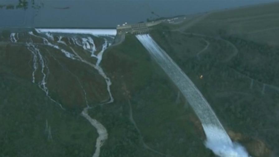 Най-голямата язовирна стена в САЩ се пропука