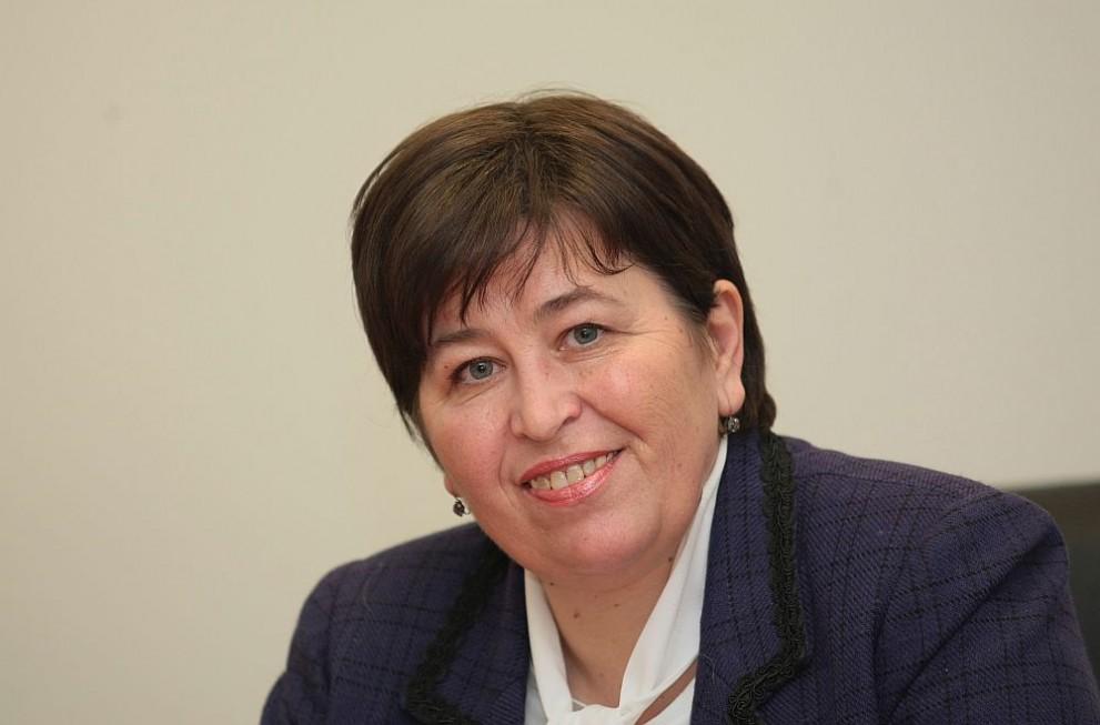 Балтова: България трябва да предлага кратки почивки на изгодни цени -  Бизнес - DarikNews.bg