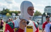 Ферари разстила червения килим за Шумахер-младши