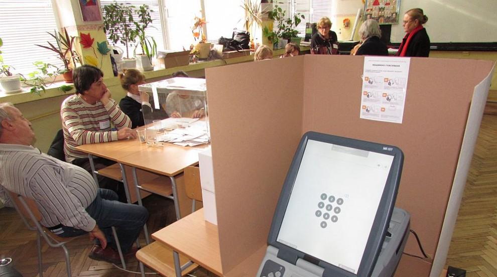 Срокът изтича, а оферти за машини за гласуване няма