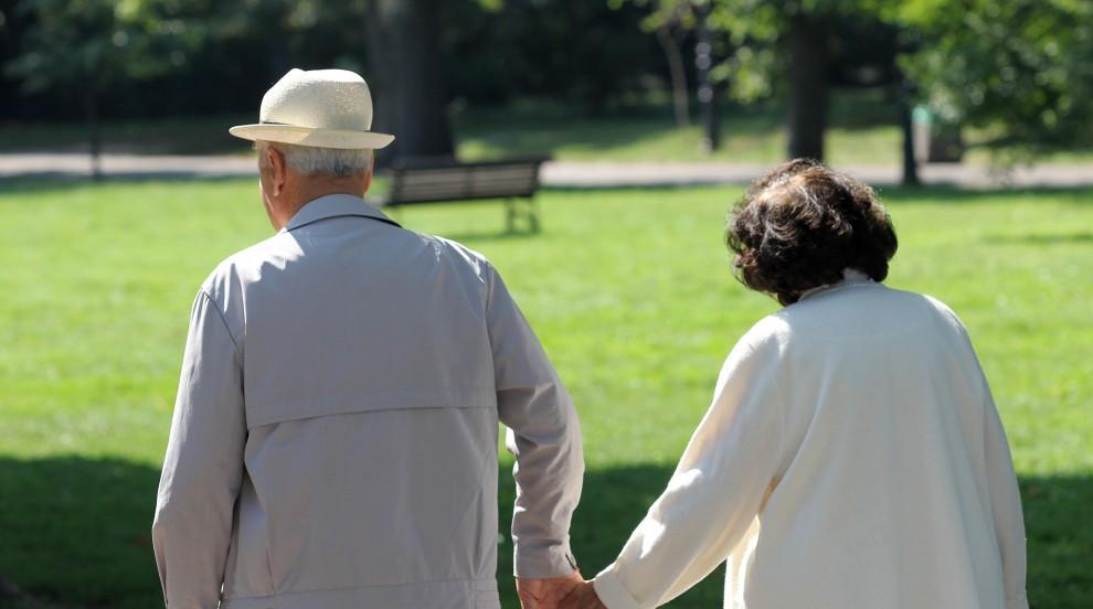 Започва изплащането на коледните добавки за пенсионери в размер на 40 лв.