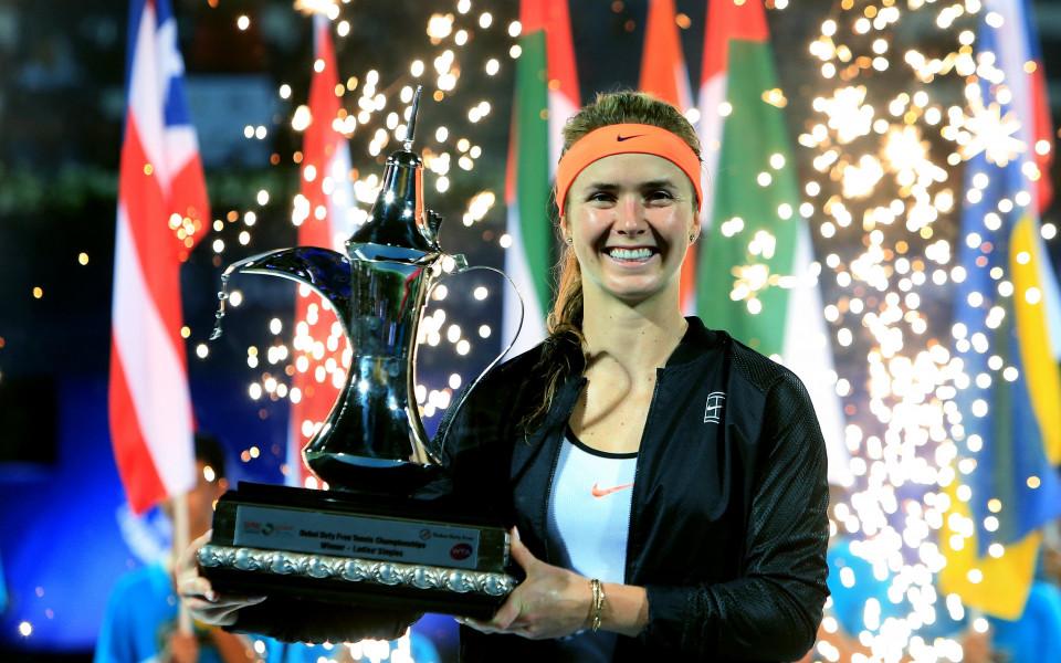 трофеят на Елина Свитолина от турнира в Дубай
