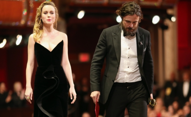 """Бри Ларсън и Кейси Афлек на церемонията по връчването на наградите """"Оскар"""""""