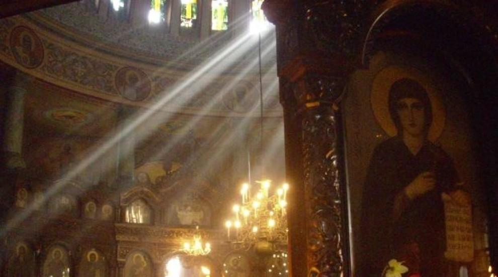 Православните християни празнуват Възнесение Господне-Спасовден