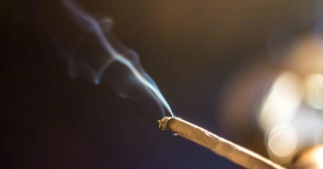 Непълнолетен дряновеце арестуван край габровско училище с наркотици. При обиска