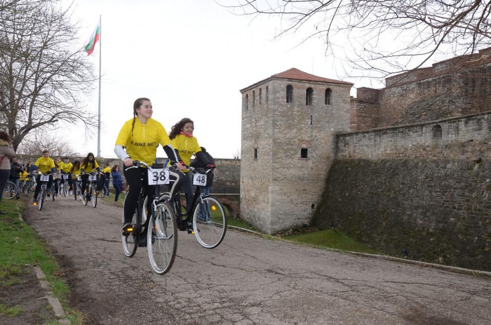 cb53ab5cdfe Двудневна обиколка с електрически велосипеди във Видин - Враца ...