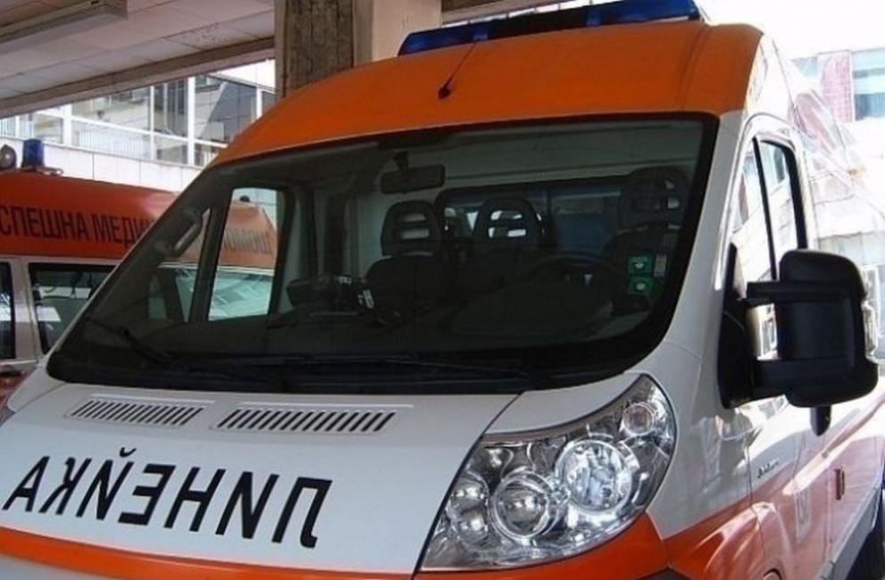 Всички линейки с паник бутони и гласова връзка с полицията - България -  DarikNews.bg