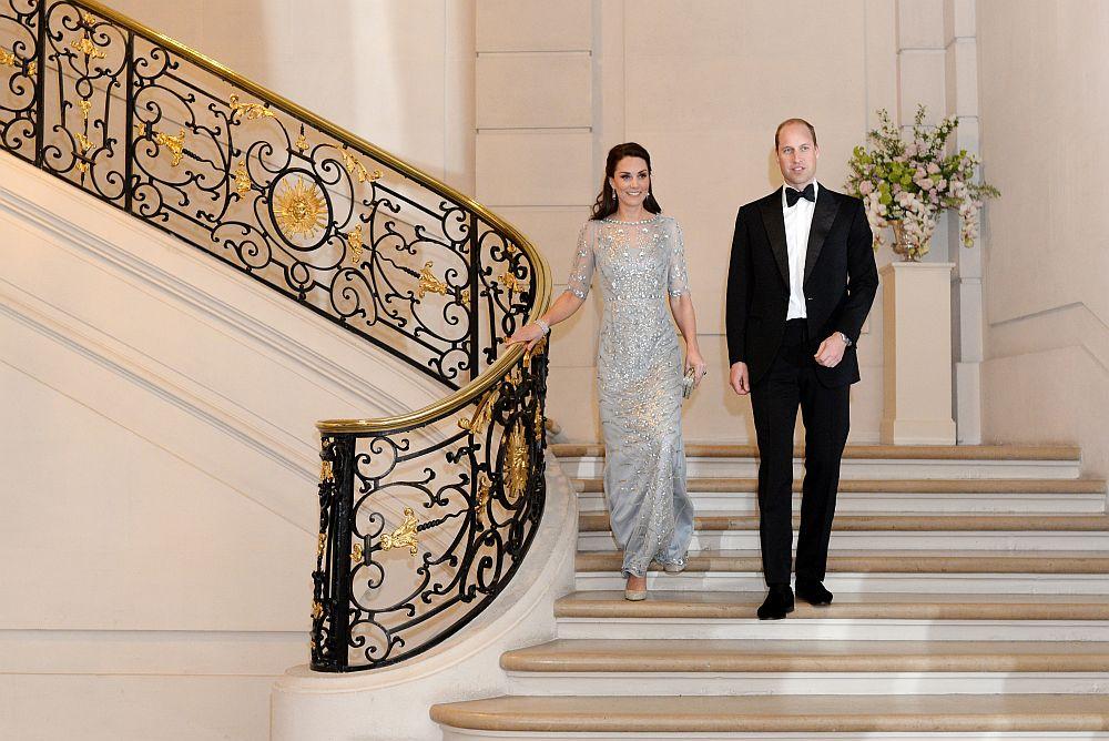 Херцогът и херцогинята на Кеймбридж принц Уилям и съпругата му Катрин бяха на официално двудневно посещение във Франция