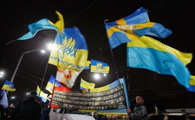 Протест пред руското посолство в Киев по повод анексирането на Крим
