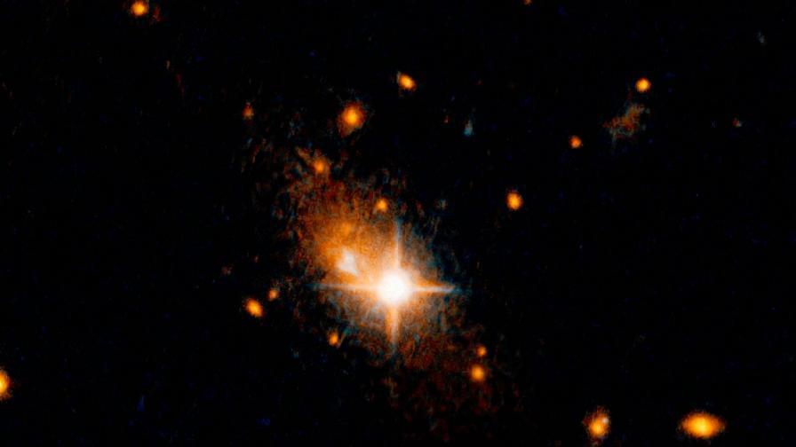 Свръхмасивна чернадупка е изтласкана от галактиката 3C186.