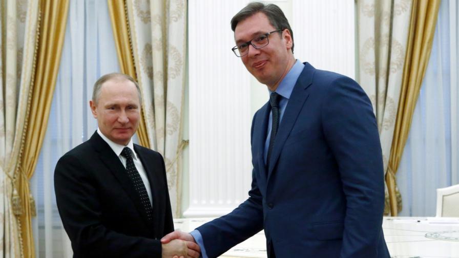 Сръбският президент е първият лидер при Путин в новия му мандат