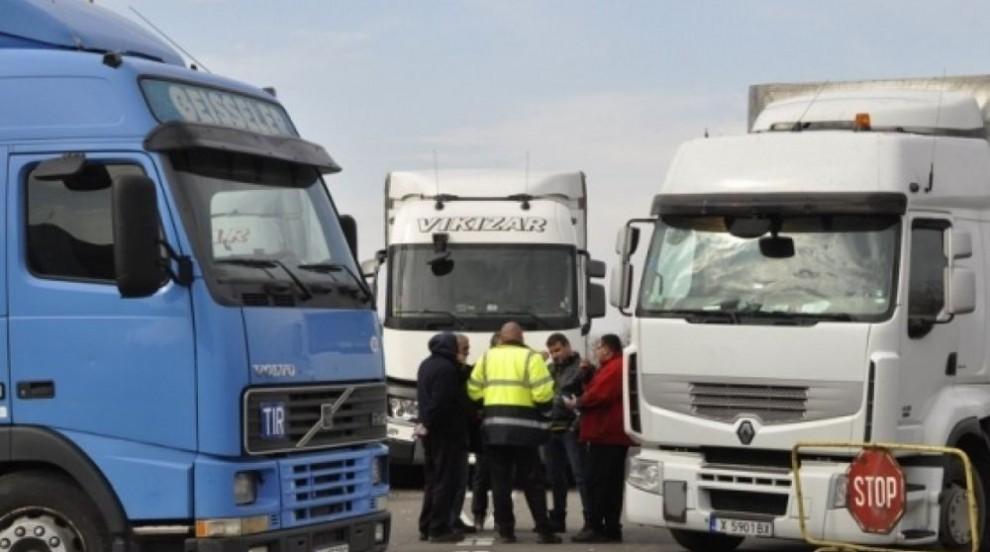 """""""Пакет за мобилност"""" би оставил 30 000 наши шофьори на камиони без работа"""